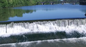 picture of low-head dam